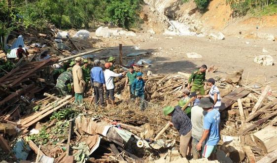 Quảng Nam:  Gần 20.000 nhà bị hư hỏng, nhiều người chết do sạt lở