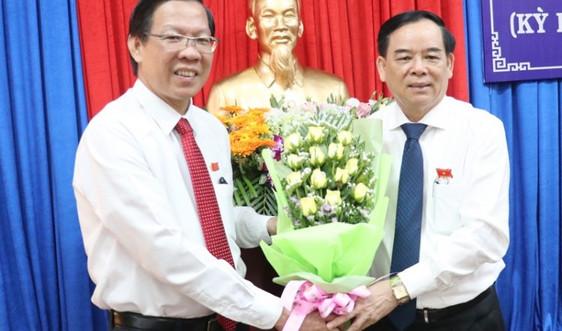 Bầu tân Chủ tịch UBND tỉnh Bến Tre với số phiếu tuyệt đối
