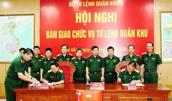 Cục trưởng Cục Tác chiến, Bộ Tổng tham mưu nhận chức vụ Tư lệnh Quân khu 5