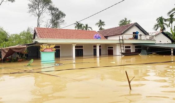 Thừa Thiên Huế: Phân bổ hơn 10.000 kg lương khô cho các địa phương thiệt hại do mưa lũ