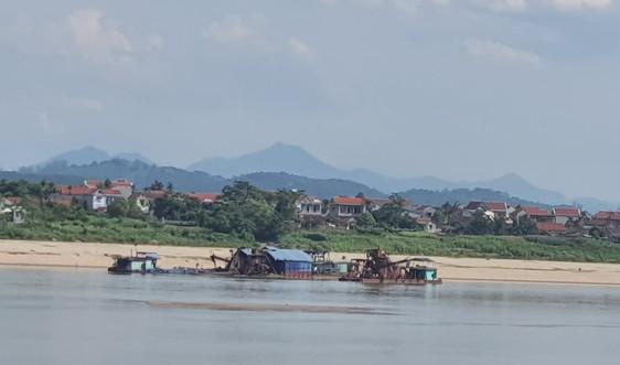 Hà Nội công bố sự cố sạt lở bờ sông Đà tại xã Thái Hòa, Ba Vì