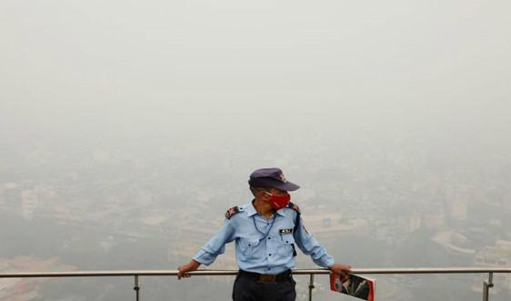 New Delhi hứng chịu không khí độc hại nhất trong năm, gia tăng lo ngại về COVID-19