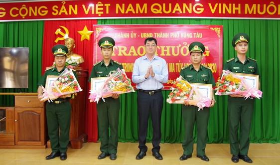 UBND TP Vũng Tàu tặng giấy khen cho Đồn Biên Phòng Bến Đá
