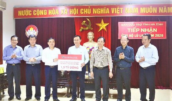 Công đoàn Agribank tiếp tục trao 1,5 tỷ đồng giúp nhân dân Hà Tĩnh khắc phục sau lũ