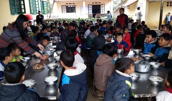 Lào Cai: Tăng cường quản lý an toàn thực phẩm bếp ăn trường học