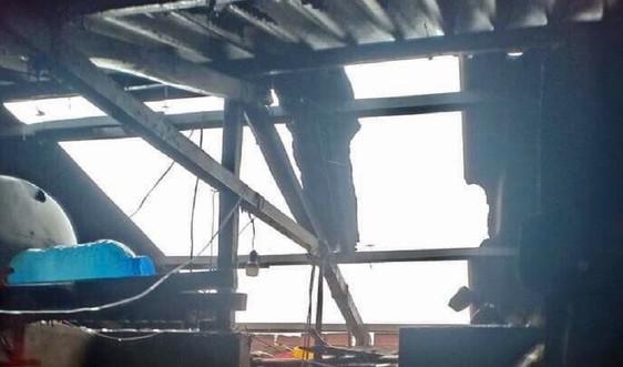 Quảng Bình: Bão số 13 làm 8 người bị thương, hơn 230 ngôi nhà bị tốc mái