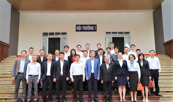 Tổng Giám đốc EVN và lãnh đạo EVNNPC thăm trường Cao đẳng Điện lực miền Bắc