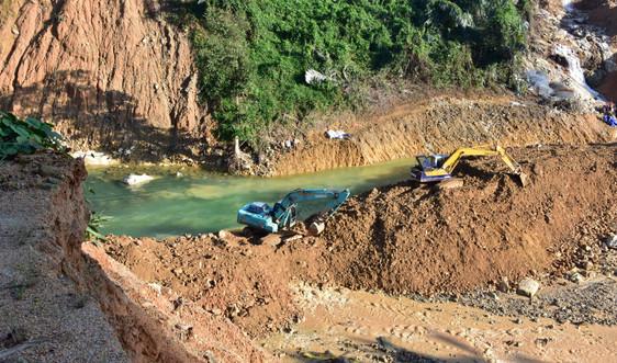 Vụ sạt lở thủy điện Rào Trăng 3: Phụ thuộc vào dòng chảy để tiếp tục tìm kiếm nạn nhân mất tích