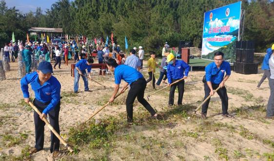 Bình Định tổ chức chiến dịch làm sạch bãi biển