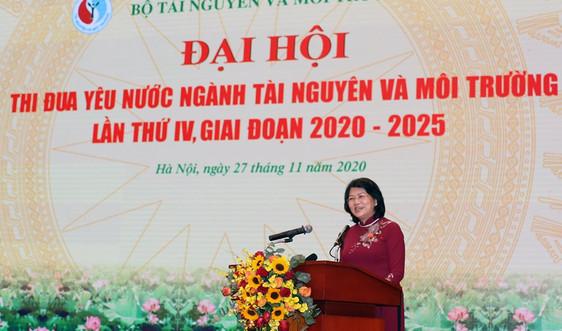 Phó Chủ tịch nước Đặng Thị Ngọc Thịnh dự Đại hội thi đua yêu nước ngành Tài nguyên và Môi trường lần thứ IV