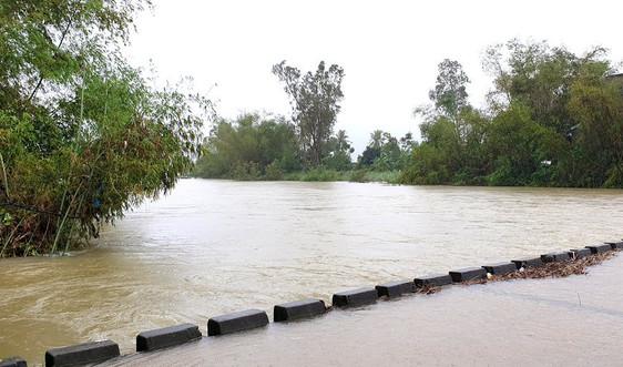 Gần 200 ngôi nhà hư hỏng nặng và ngập lụt do mưa lũ