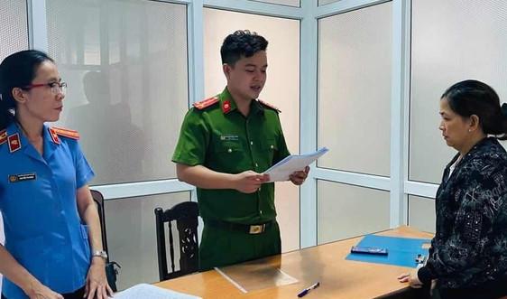 Đà Nẵng: Bắt nhân viên vệ sinh đóng vai giám đốc tiếp tay lừa hàng chục tỉ đồng
