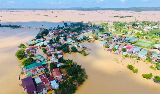 Tây Nguyên: Dân chạy lũ giữa mùa khô