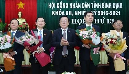 Bầu bổ sung tân Chủ tịch HĐND và Chủ tịch UBND tỉnh Bình Định