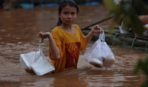 Bổ sung 800.000 USD giúp phụ nữ và trẻ em gái chịu ảnh hưởng lũ lụt miền Trung