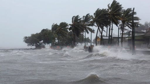 Cảnh báo mưa dông, sóng lớn trên biển