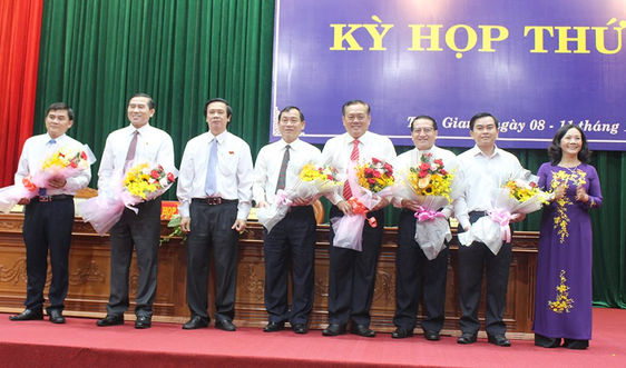 Tiền Giang có tân Chủ tịch và 2 tân Phó Chủ tịch UBND tỉnh