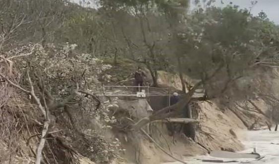 Nước lũ nhấn chìm các điểm du lịch ở Australia