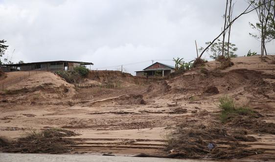 Sạt lở nghiêm trọng sông Sê Pôn tại khu vực biên giới Việt - Lào