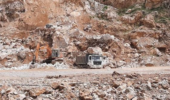 Hà Tĩnh: Phạt 80 triệu đồng, đình chỉ hoạt động ba tháng đối với mỏ đá ở núi Nam Giới