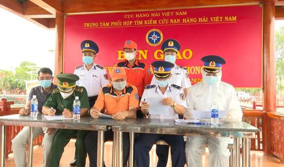 Tiếp nhận và thực hiện nghiêm các biện pháp phòng dịch COVID-19 đối với 13 thuyền viên tàu Xin Hong