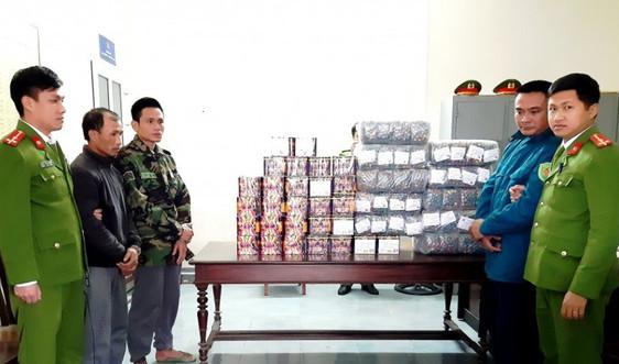 Hà Tĩnh: Bắt 6 đối tượng buôn bán pháo nổ, thu giữ hơn 115kg