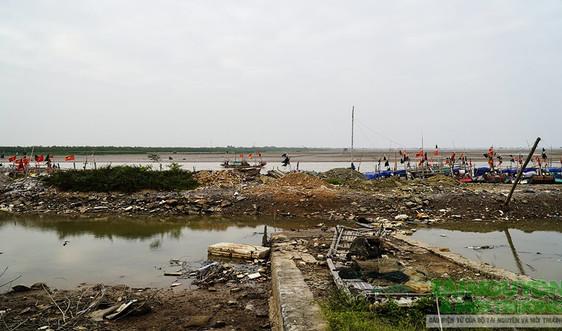 UBND tỉnh Thanh Hóa yêu cầu làm rõ vụ lấn sông Lạch Trường