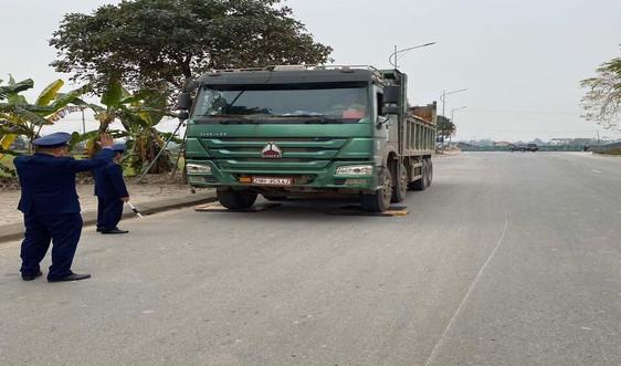 Hà Nội: Xử lý các xe vi phạm vệ sinh môi trường dịp Tết Tân Sửu