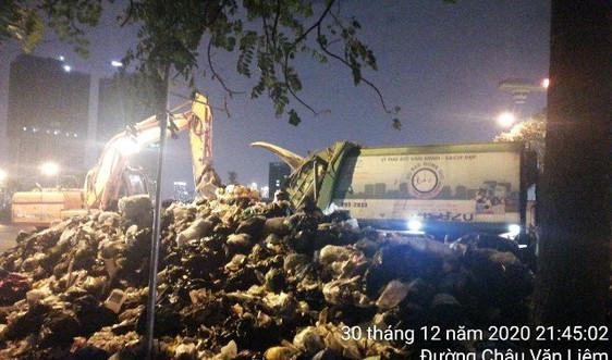 Hà Nội: Đưa khoảng 150 tấn rác tồn đọng trên địa bàn quận Nam Từ Liêm về nơi xử lý