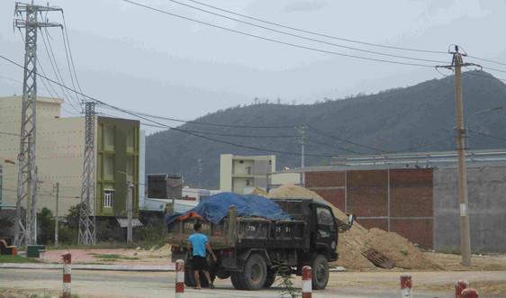 Bình Định: Chưa làm rõ trách nhiệm tập thể, cá nhân trong vụ Công ty Xuân Phát chiếm đất làm bãi tập kết cát trái phép