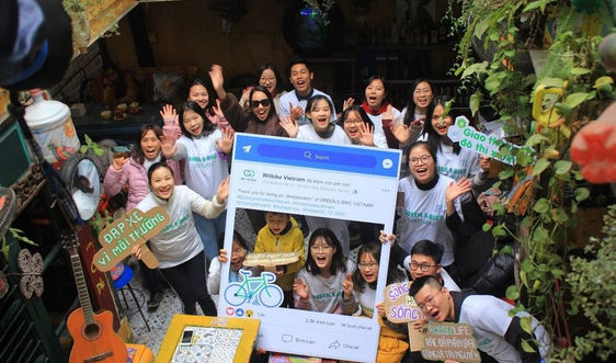 Hà Nội: Cộng đồng yêu xe đạp rủ nhau nhặt rác quanh hồ Gươm