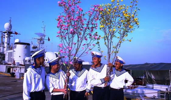 Đưa hương Xuân ra thềm lục địa