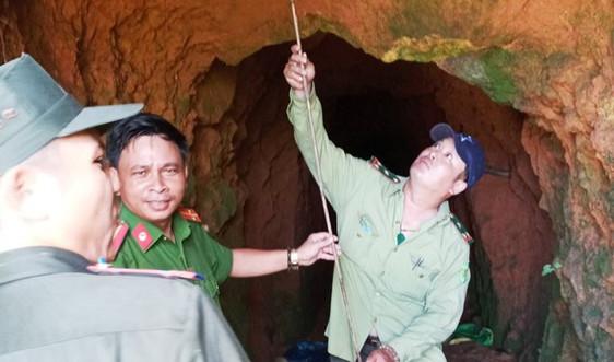 Phát hiện khai thác vàng trái phép tại khu vực rừng Cà Nhông