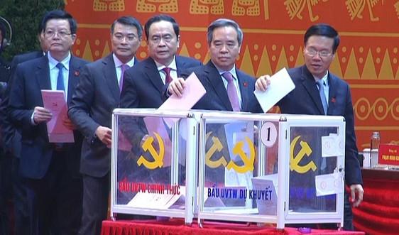 Thông cáo báo chí về ngày làm việc thứ năm Đại hội XIII của Đảng