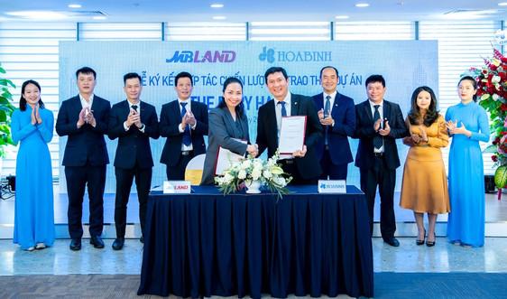 Tập đoàn Xây dựng Hòa Bình và MBLand Holdings ký kết hợp đồng hợp tác chiến lược