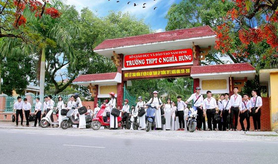Nam Định: Cho học sinh 2 trường THPT tạm nghỉ để phòng dịch Covid-19
