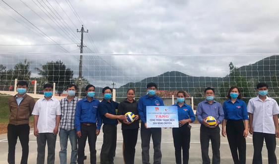 Sở TN&MT Bình Định trao quà tết cho đồng bào dân tộc thiểu số