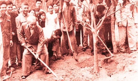 Chủ tịch Hồ Chí Minh với tình yêu thiên nhiên, đất nước
