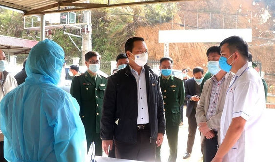 Lai Châu: Khóa chặt nguy cơ lây nhiễm dịch bệnh Covid-19 từ bên ngoài