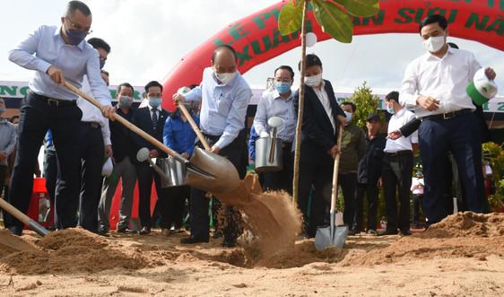 """Thủ tướng truyền thông điệp """"Vì một Việt Nam xanh"""""""