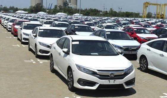 Nhập khẩu ô tô giảm 34,3% trong tháng 1