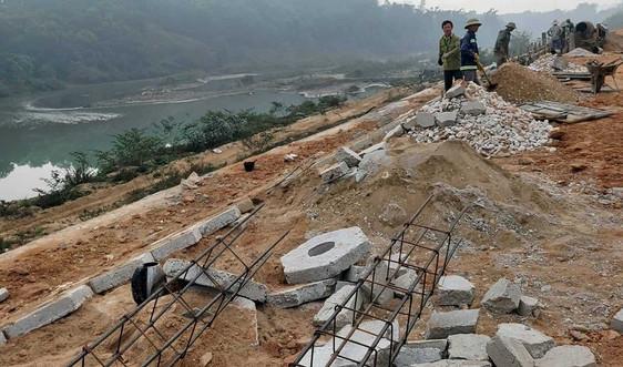 Nghệ An: Chủ động phòng, chống chống sạt lở bờ sông, bờ biển
