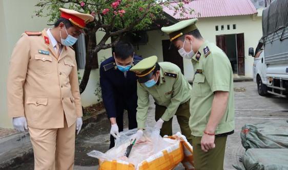 Lạng Sơn bắt  giữ 2,5 tấn nầm lợn đông lạnh không rõ nguồn gốc