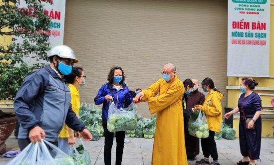 Công đoàn Ban Tôn giáo Chính phủ và Giáo hội Phật giáo Việt Nam giúp Hải Dương tiêu thụ nông sản