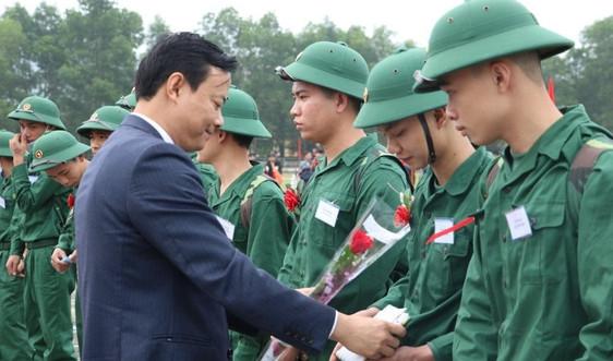 Hà Tĩnh:  Hơn 1.400 tân binh lên đường nhập ngũ