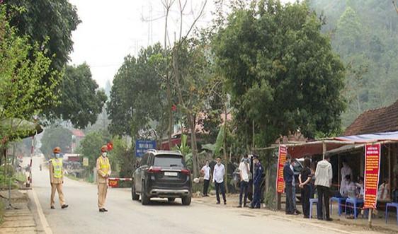 Sơn La tạm dừng các chốt kiểm soát dịch liên ngành tại các cửa ngõ ra, vào tỉnh