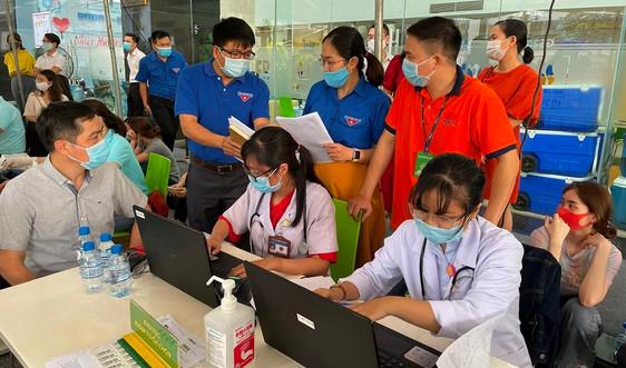 """Lan tỏa  """"Nhiệt huyết người Dầu khí"""" trong ngày hội hiến máu tại PVFCCo"""