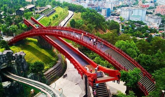 Những điểm check-in nổi như cồn vì thu trọn tinh hoa thế giới ngay tại Việt Nam
