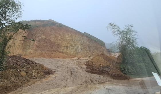 Yên Thuỷ - Hoà Bình: Tiềm ẩn nguy cơ mất ATGT tại điểm khai thác đất xã Bảo Hiệu