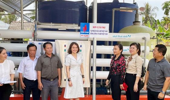 PV GAS trao tặng thêm 2 hệ thống lọc nước ngọt để Bến Tre đối phó với hạn mặn
